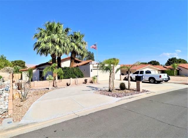 64718 Pinehurst, Desert Hot Springs, CA 92240 (#219064260DA) :: Robyn Icenhower & Associates
