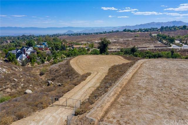 7282 Magnon, Riverside, CA 92506 (#IV21142430) :: American Real Estate List & Sell