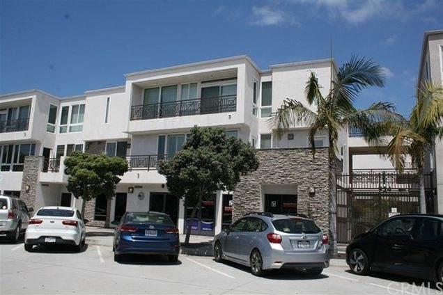 924 Hornblend Street #301, San Diego, CA 92109 (#OC21141048) :: Jett Real Estate Group