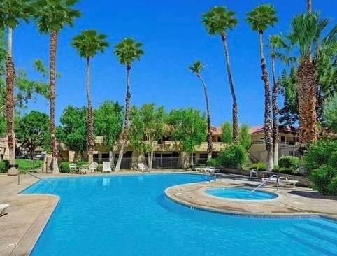 2801 E Los Felices Circle #205, Palm Springs, CA 92262 (#219064279DA) :: The Kohler Group