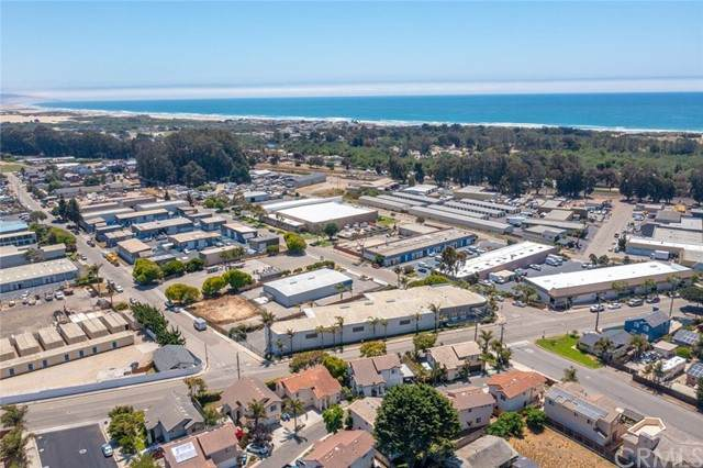 800 Farroll Road A-C, Grover Beach, CA 93433 (#PI21142875) :: The Costantino Group | Cal American Homes and Realty
