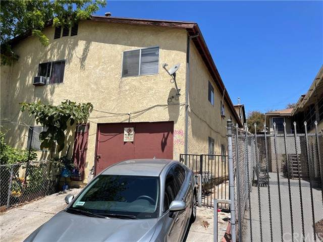 129 Union Place, Los Angeles (City), CA 90026 (#OC21143683) :: The Kohler Group