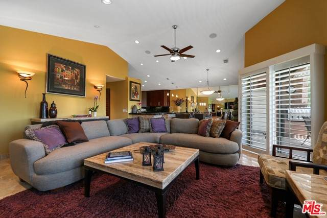 42464 Sultan Avenue, Palm Desert, CA 92211 (#21755938) :: Eight Luxe Homes