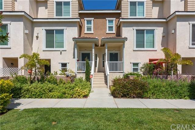 6184 Lincoln Avenue #9, Cypress, CA 90630 (#PW21143963) :: Jett Real Estate Group