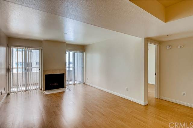 10960 Ashton Avenue #206, Los Angeles (City), CA 90024 (#TR21144171) :: The Miller Group