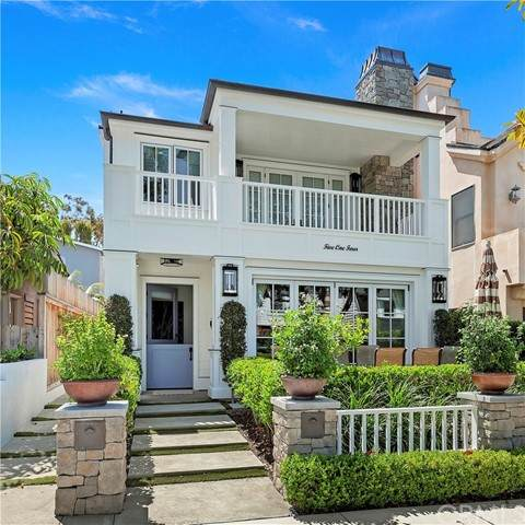 514 Fernleaf Ave, Corona Del Mar, CA 92625 (#NP21135677) :: A|G Amaya Group Real Estate