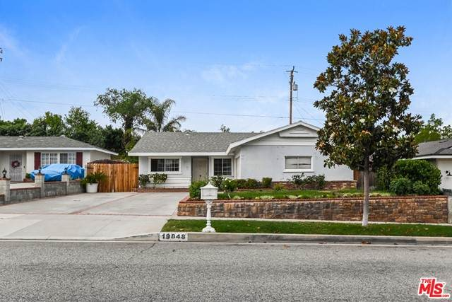 19848 Ermine St, Canyon Country, CA 91351 (#21756182) :: Jett Real Estate Group