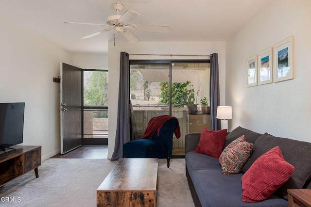 685 N Ashurst Court #213, Palm Springs, CA 92262 (#P1-5557) :: Cochren Realty Team | KW the Lakes
