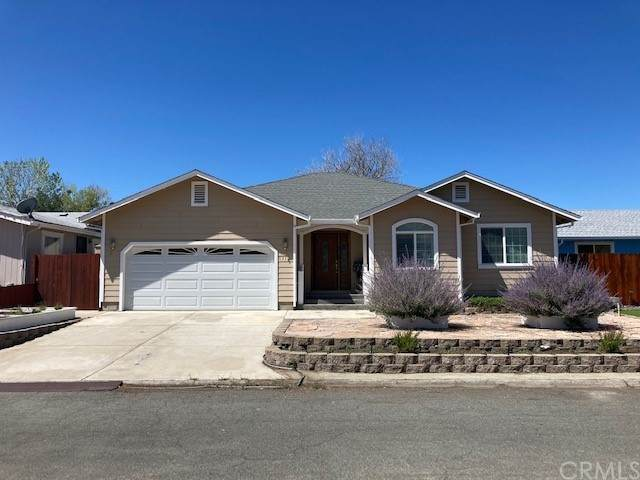 13121 Venus Village, Clearlake Oaks, CA 95423 (#LC21145068) :: Robyn Icenhower & Associates