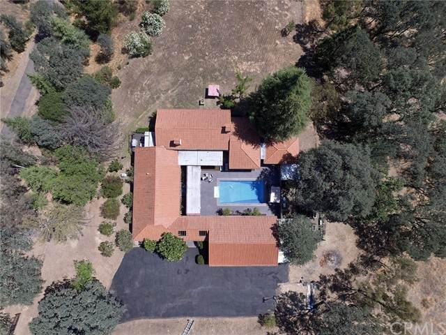 1755 Creekside Drive, Lakeport, CA 95453 (#LC21145209) :: Mark Nazzal Real Estate Group