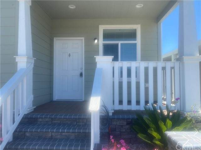 692 Adele Lane #134, Orange, CA 92867 (#CV21144928) :: Zutila, Inc.