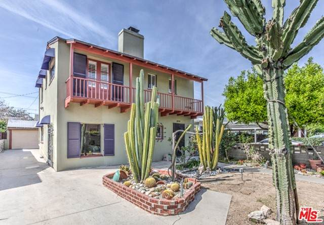 3838 Brunswick Avenue, Los Angeles (City), CA 90039 (#21752554) :: The Costantino Group | Cal American Homes and Realty