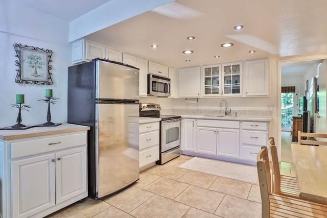 9647 Spyglass Avenue #22, Desert Hot Springs, CA 92240 (#219064488DA) :: Robyn Icenhower & Associates