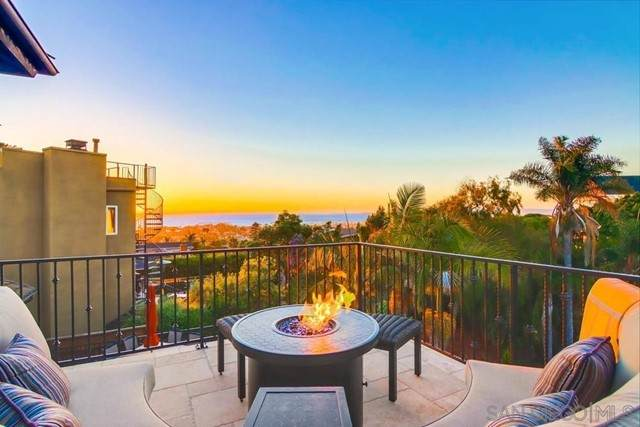4528 Santa Cruz Ave, San Diego, CA 92107 (#210018788) :: Jett Real Estate Group