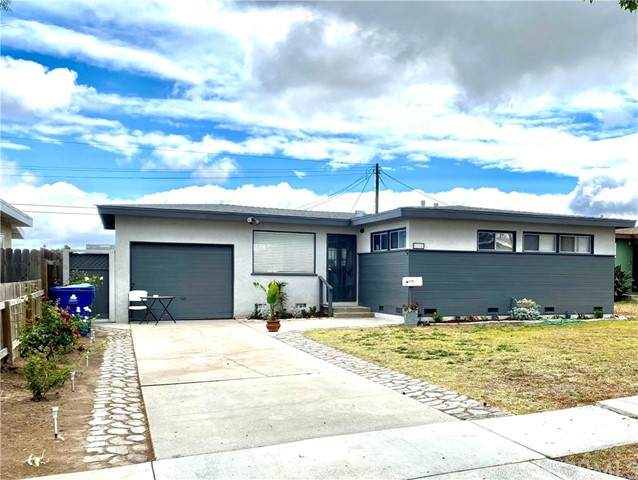 1718 247th Place, Lomita, CA 90717 (#IV21146948) :: The Miller Group