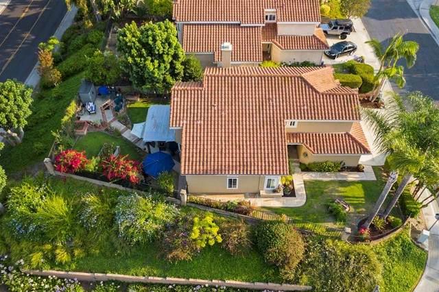 1802 Crystal Ridge Way, Vista, CA 92081 (#NDP2107855) :: Jett Real Estate Group