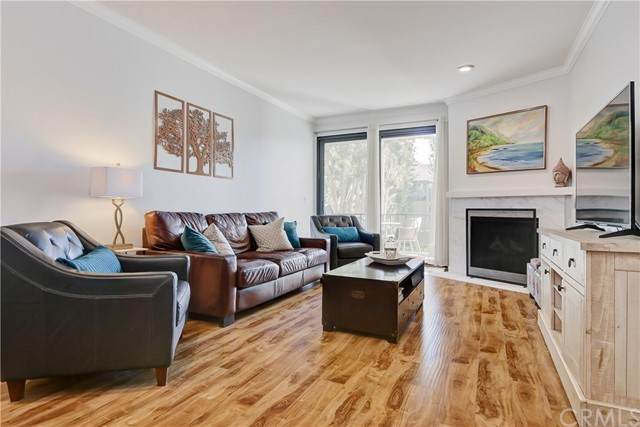 8675 Falmouth Avenue #207, Playa Del Rey, CA 90293 (#SB21147563) :: The Miller Group