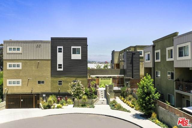 2976 Ripple Place #203, Los Angeles (City), CA 90039 (#21756272) :: The Costantino Group | Cal American Homes and Realty