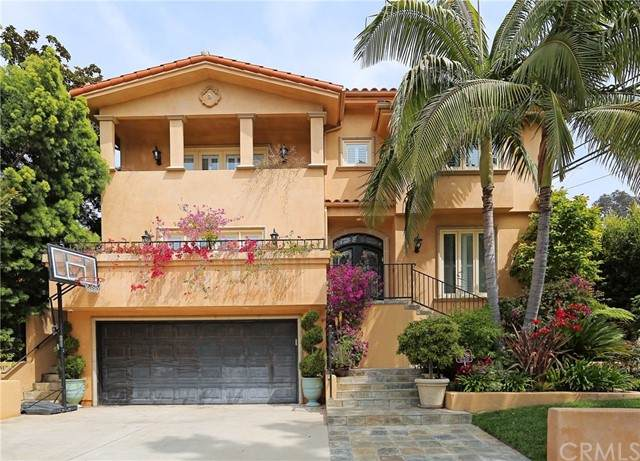 10269 Cheviot Drive, Los Angeles (City), CA 90064 (#OC21149003) :: Mark Nazzal Real Estate Group