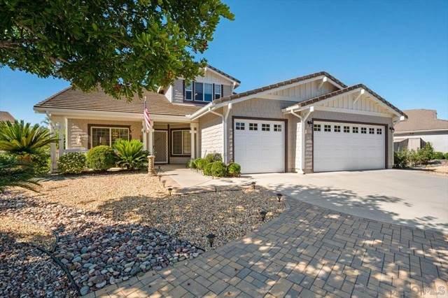 3221 Oak Wood Ln, Escondido, CA 92027 (#210019165) :: Jett Real Estate Group