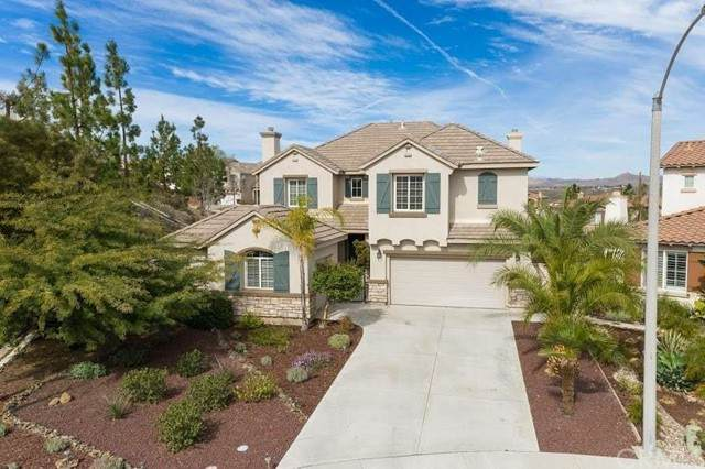 31 Plaza Lucerna, Lake Elsinore, CA 92532 (#FR21149005) :: Cochren Realty Team | KW the Lakes