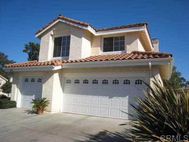 1810 Paseo Del Lago Drive, Vista, CA 92081 (#NDP2107941) :: Jett Real Estate Group