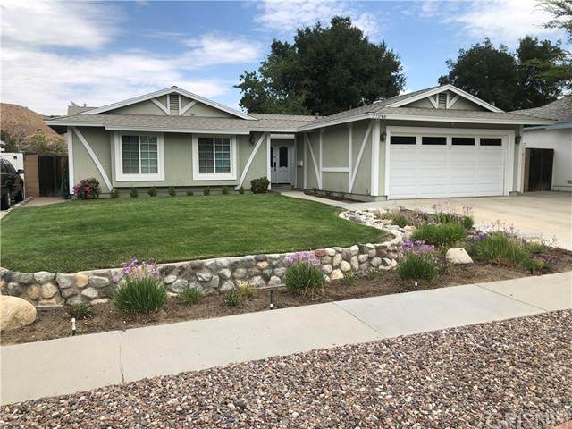 27246 Langside Avenue, Canyon Country, CA 91351 (#SR21147771) :: Jett Real Estate Group