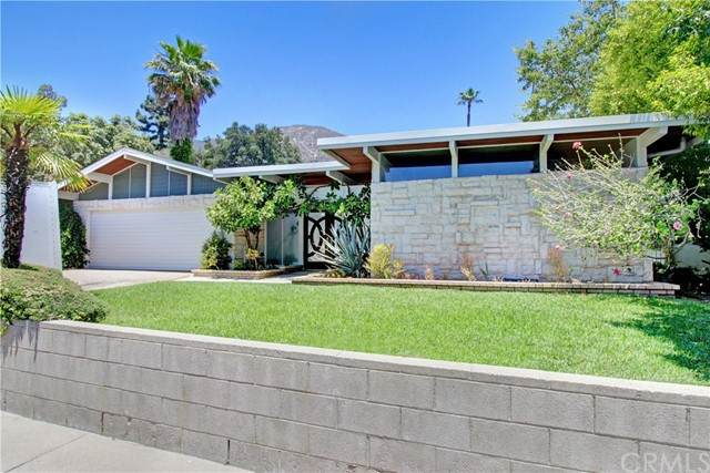 5328 Pineridge Drive, La Crescenta, CA 91214 (#PW21149296) :: The Marelly Group   Sentry Residential