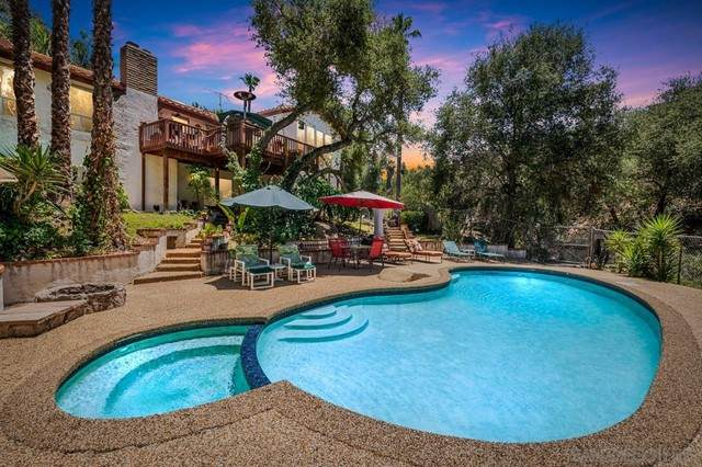 2556 Canyon, Escondido, CA 92025 (#210019211) :: Jett Real Estate Group