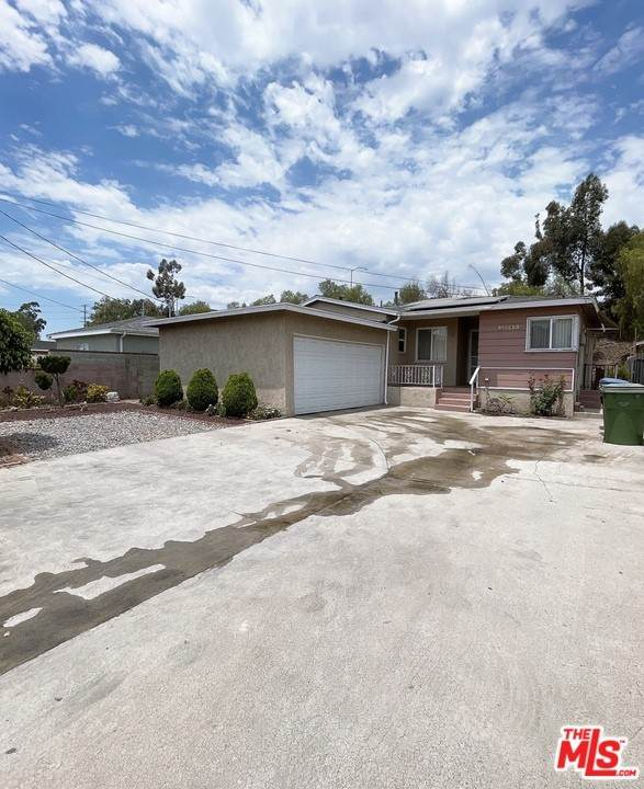 13045 Paxton Street, Pacoima, CA 91331 (#21758828) :: The Costantino Group | Cal American Homes and Realty