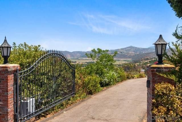 1560 Quail Ridge Rd, Escondido, CA 92027 (#210019228) :: Jett Real Estate Group