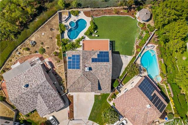 43147 Pudding Court, Temecula, CA 92592 (#SW21149619) :: Necol Realty Group