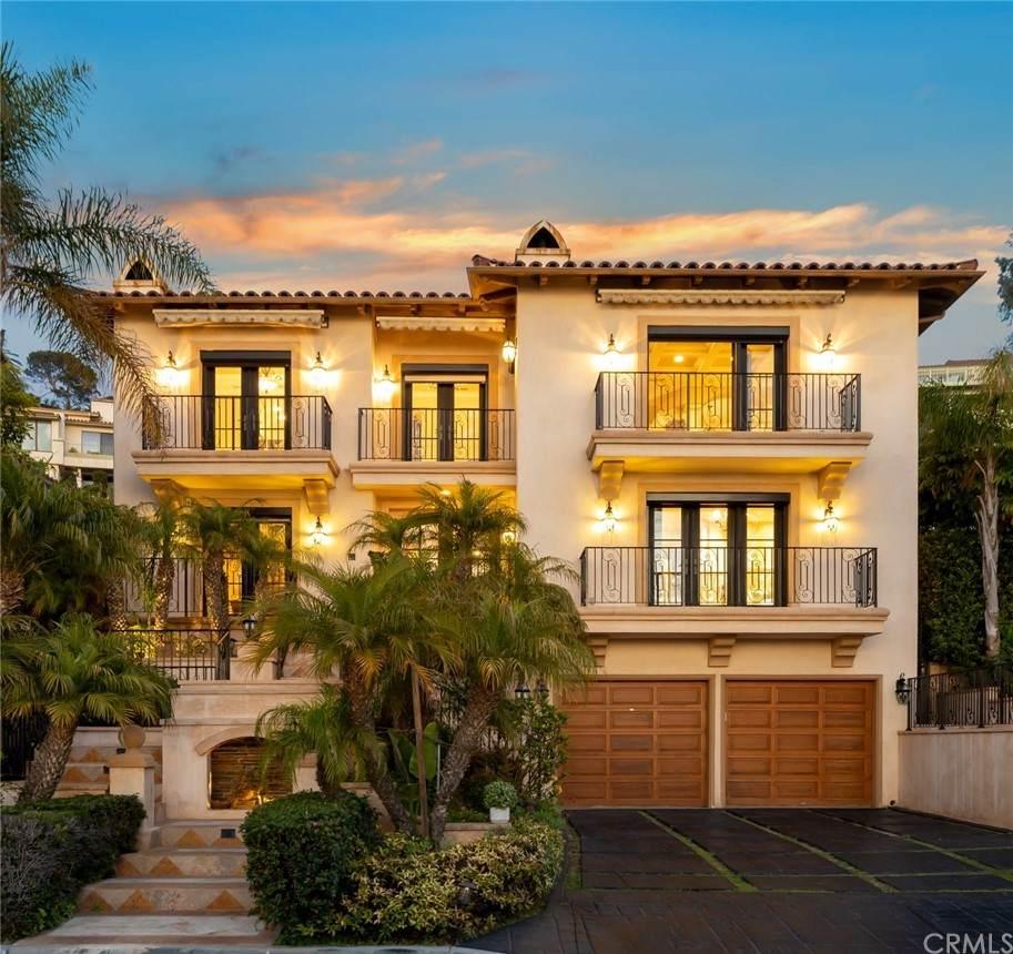 1608 Via Lazo, Palos Verdes Estates, CA 90274 (#WS21150437) :: The Kohler Group