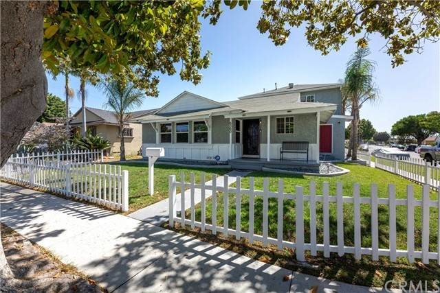 6360 Rahn Avenue, Long Beach, CA 90805 (#PW21147209) :: Robyn Icenhower & Associates
