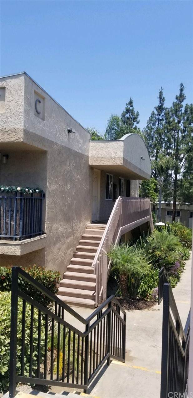 9860 Dale Avenue C7, Spring Valley, CA 91977 (#SB21151179) :: Jett Real Estate Group