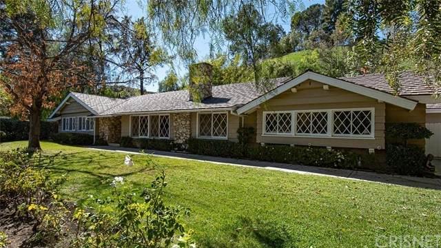 5565 Jed Smith Road, Hidden Hills, CA 91302 (#SR21137032) :: Robyn Icenhower & Associates