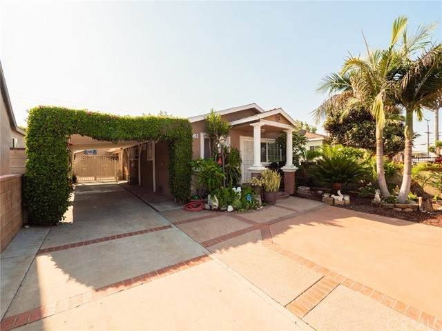 1334 Fraser Avenue, East Los Angeles, CA 90022 (#DW21150036) :: Jett Real Estate Group