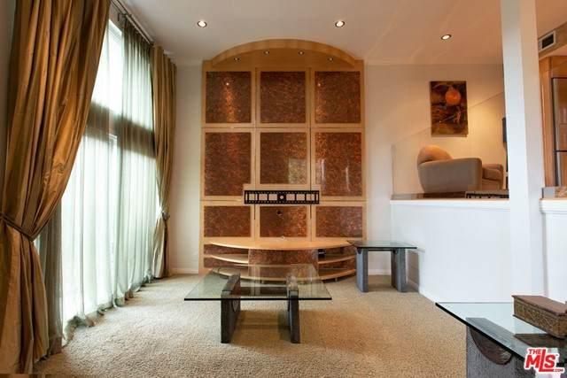 23401 Park Sorrento #57, Calabasas, CA 91302 (#21760264) :: Doherty Real Estate Group