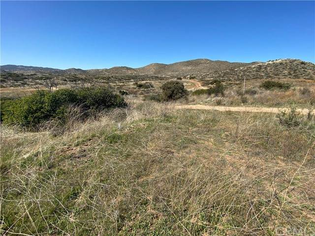 1 Los Altos Road - Photo 1