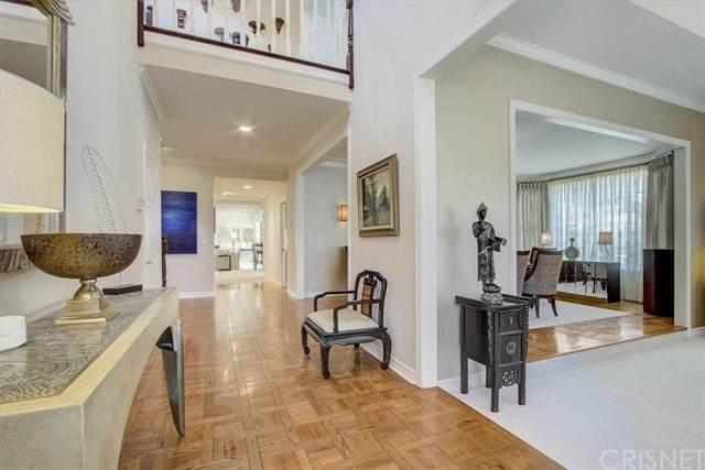 6104 Edinburgh Court, Agoura Hills, CA 91301 (#SR21150696) :: Mark Nazzal Real Estate Group