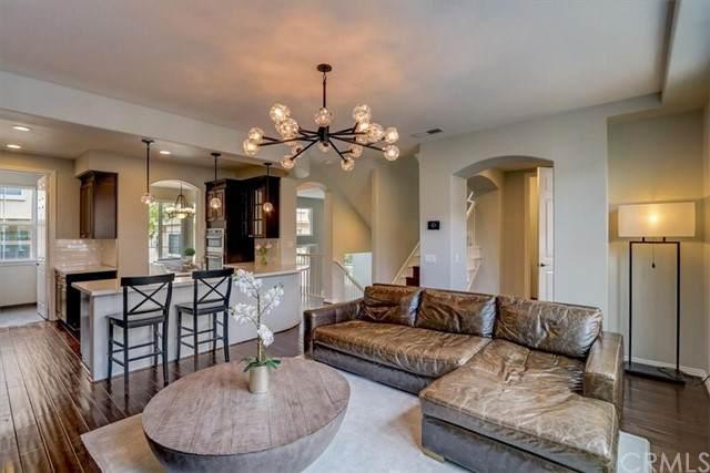 2889 Plaza Del Amo #130, Torrance, CA 90503 (#OC21152930) :: Robyn Icenhower & Associates
