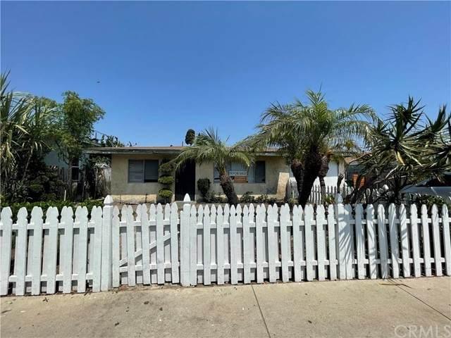 407 N Jackson Street, Santa Ana, CA 92703 (#PW21153447) :: The DeBonis Team