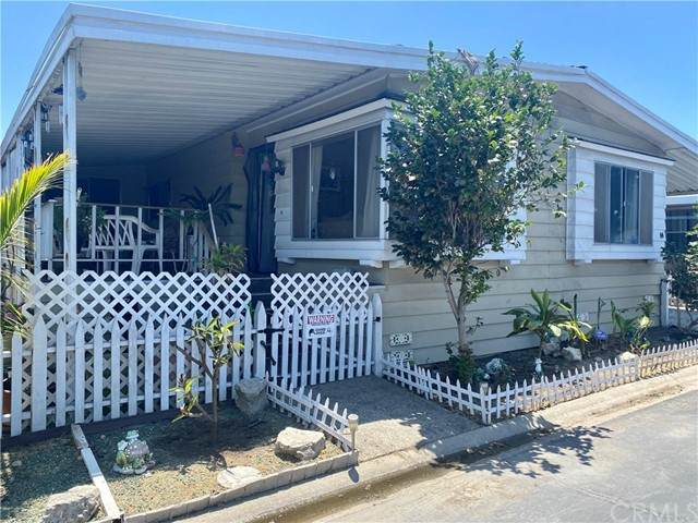 3595 Santa Fe Ave Avenue #14, Long Beach, CA 90810 (#DW21153343) :: Powerhouse Real Estate
