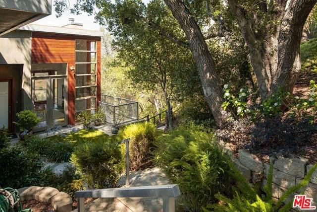 21919 Altaridge Drive, Topanga, CA 90290 (#21760862) :: Robyn Icenhower & Associates