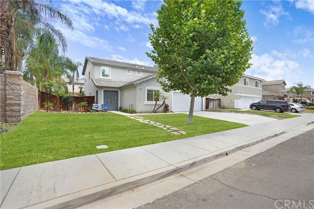 31642 Canyon Estates Drive, Lake Elsinore, CA 92532 (#SW21154251) :: Realty ONE Group Empire