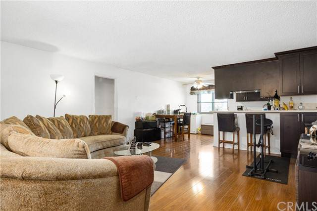 4633 Marine Avenue #214, Lawndale, CA 90260 (#SB21154024) :: Robyn Icenhower & Associates