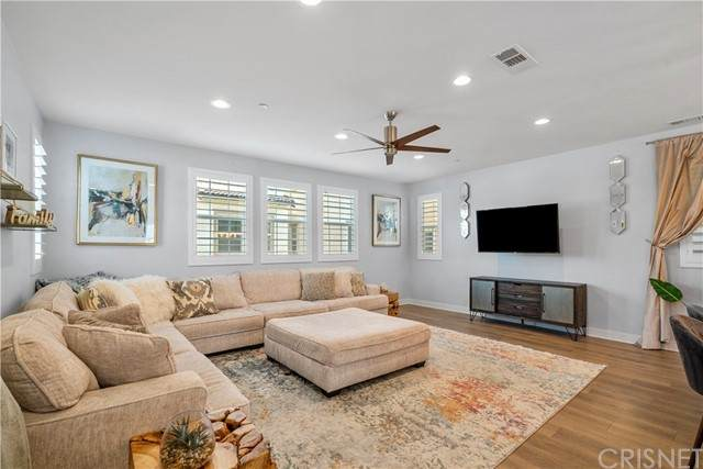 15425 W Encanto Way, Mission Hills (San Fernando), CA 91345 (#SR21154480) :: Powerhouse Real Estate
