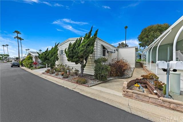 7224 Santa Barbara Street #314, Carlsbad, CA 92011 (#SW21145458) :: Swack Real Estate Group | Keller Williams Realty Central Coast