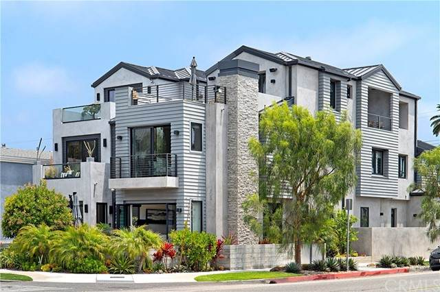 402 10th Street, Huntington Beach, CA 92648 (#OC21139997) :: Zen Ziejewski and Team