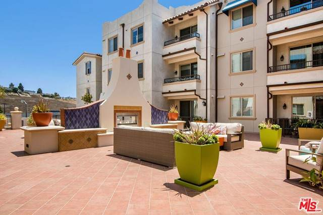 627 Deep Valley Drive #208, Rolling Hills Estates, CA 90274 (#21759592) :: Doherty Real Estate Group